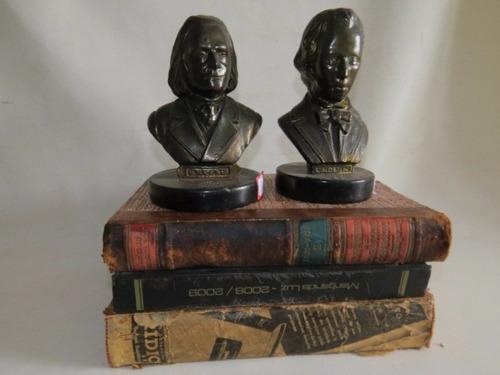 par de antigos bustos de chopin e liszt