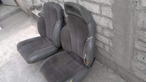 par de asientos jeep en 600 pesos, solo querétaro