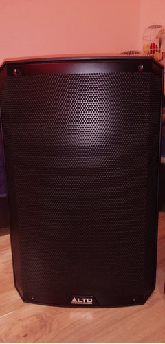 par de bafles amplificados marca alto professional ts215.