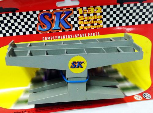 par de bases plasticas para puente 1:32 sk 97030