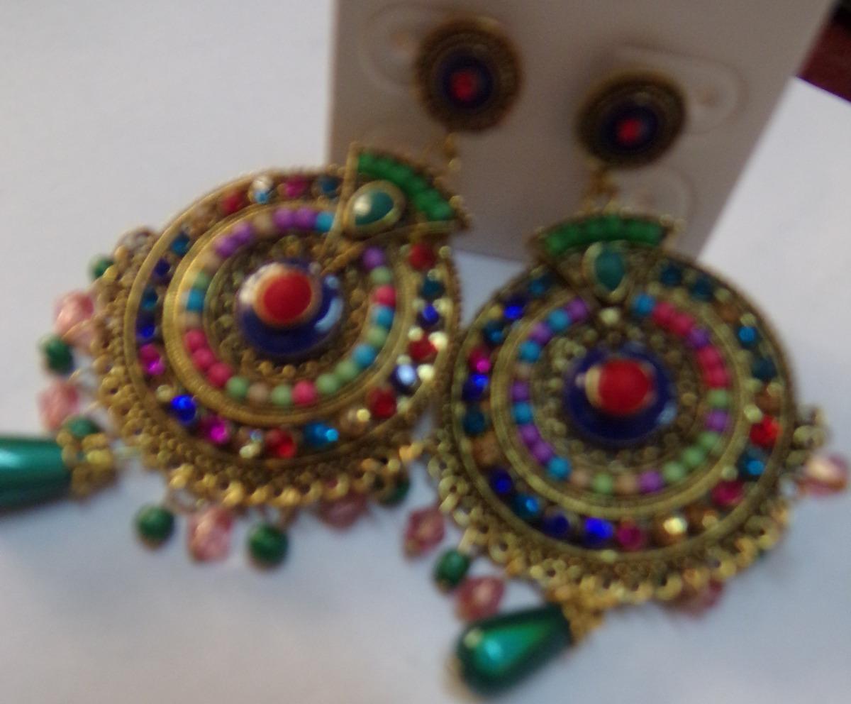 e2d9272604 Par De Brincos Coloridos Com 20 Pedras Brilhantes. - R  20