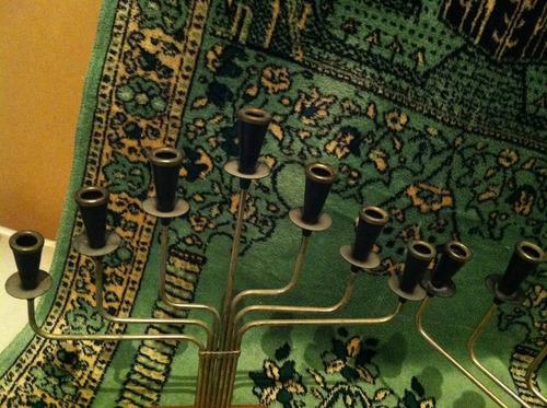 par de candeleros metalicos