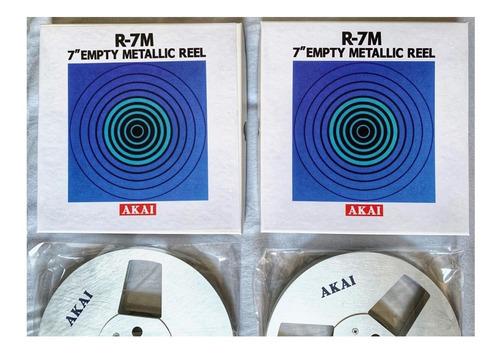par de carretel akai metálico 7 c/ box r7-m e fita ampex 631