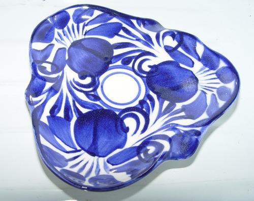 par  de ceniceros de talavera color  azul nuevos