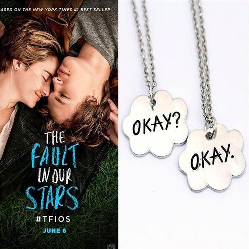 par de collares de bajo la misma estrella