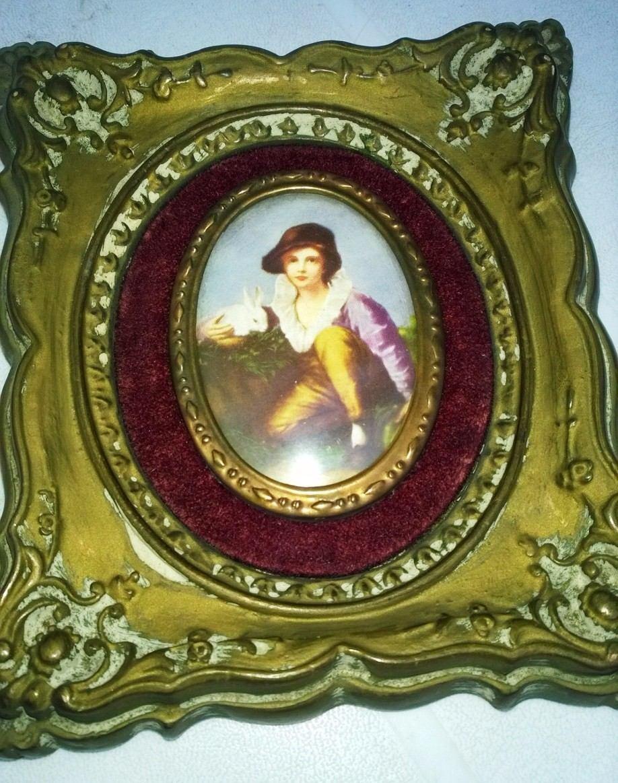 Par De Cuadros Muy Antiguos Vidrio Ovalado Y Marco De Yeso - $ 1.000 ...