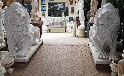 par de escultura leão em marmore esculpido a mão imponente