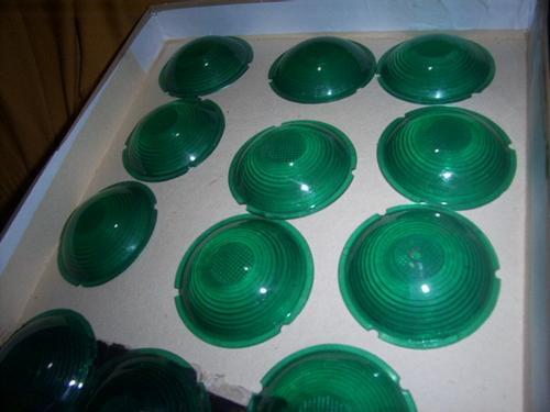 par de lentes verdes adaptação em onibus antigos caminhao