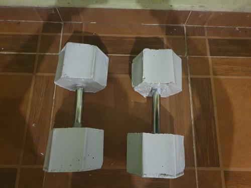 par de mancuernas hexagonales de concreto 5.5.5kg