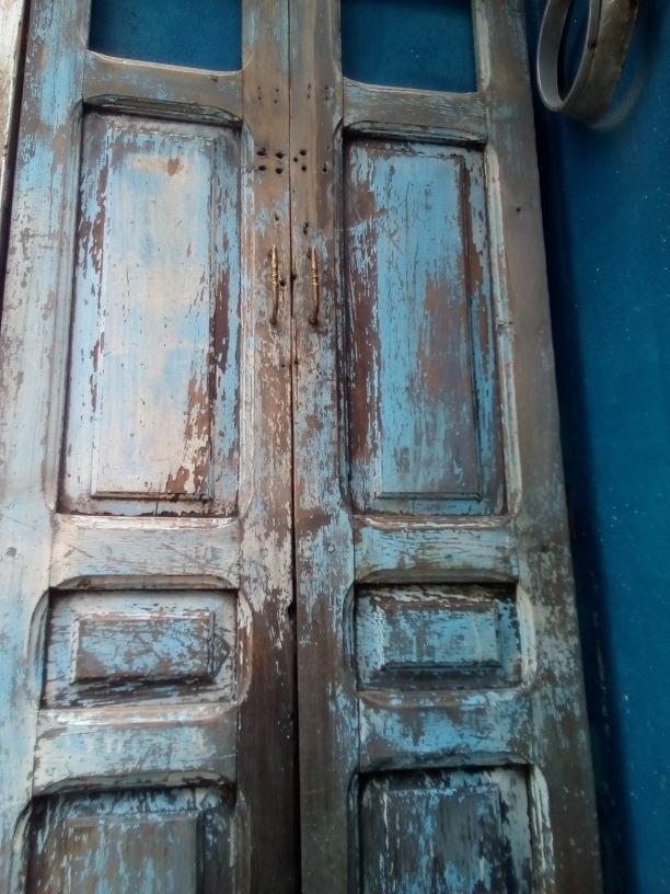 Par de puertas antiguas de madera ideales para decoraci n for Puertas antiguas para decoracion