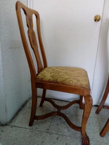 par de sillas estilo luis xv, en madera de cedro
