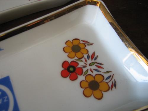 par de travessas/petisqueiras porcelana stetita folhado ouro