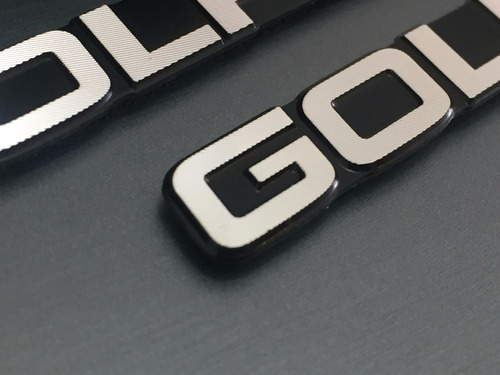 par emblemas golf tsi gti mk7 painel coluna !!!