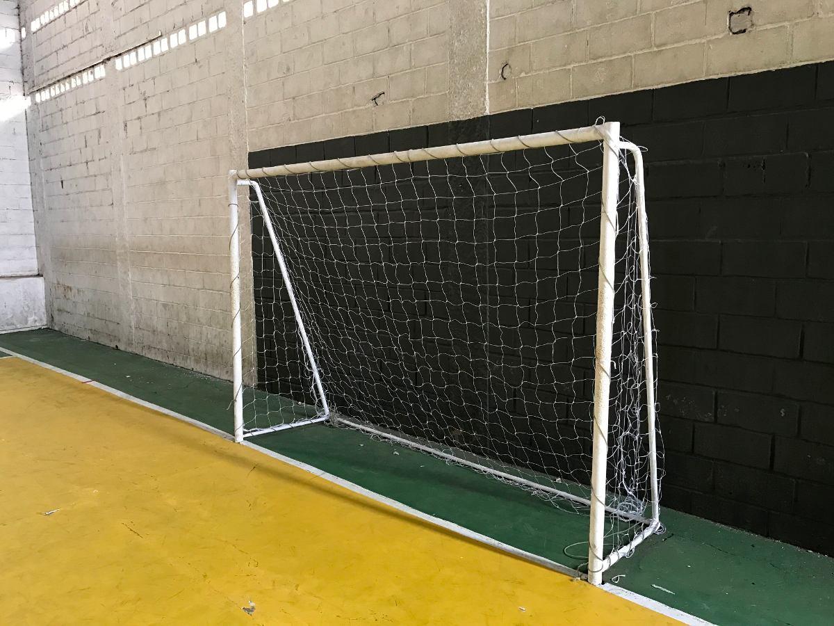a2a15c5b9 Par Rede De Futebol De Salão (futsal) Oficial Fio 2mm - R  82