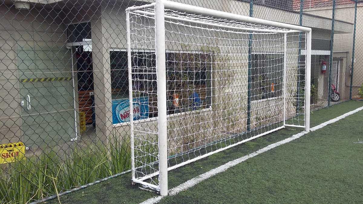 par rede gol futebol society fio 4 mm - 4 metros - caixote. Carregando zoom. eefce38bf51e7