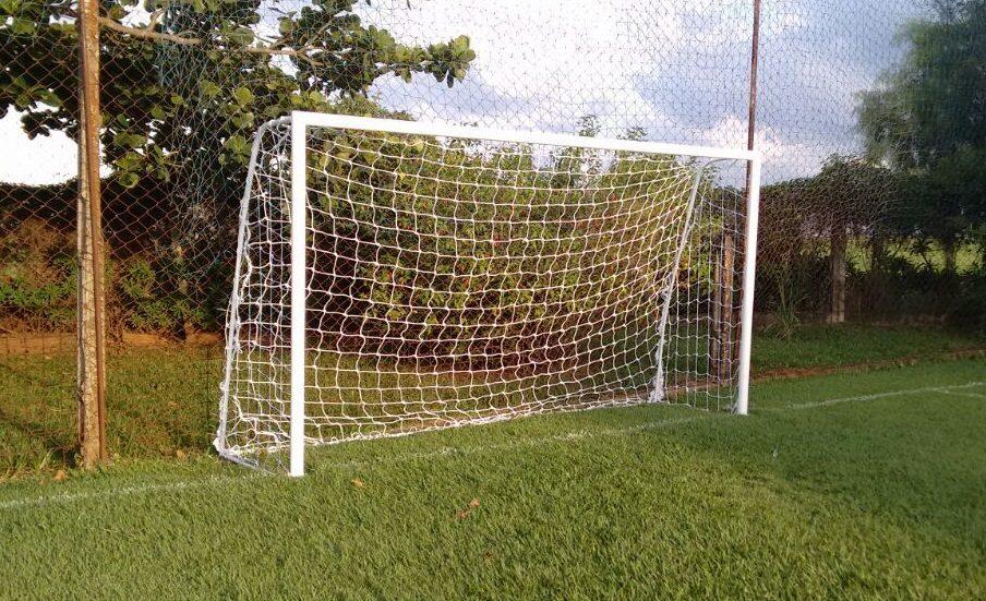 par rede gol futebol society suiço 5mts fio 2mm proteção uv. Carregando  zoom. af5dd3b15e6c4