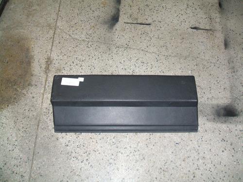 para-choque traseiro fiorino furgão 91/04 esquerdo