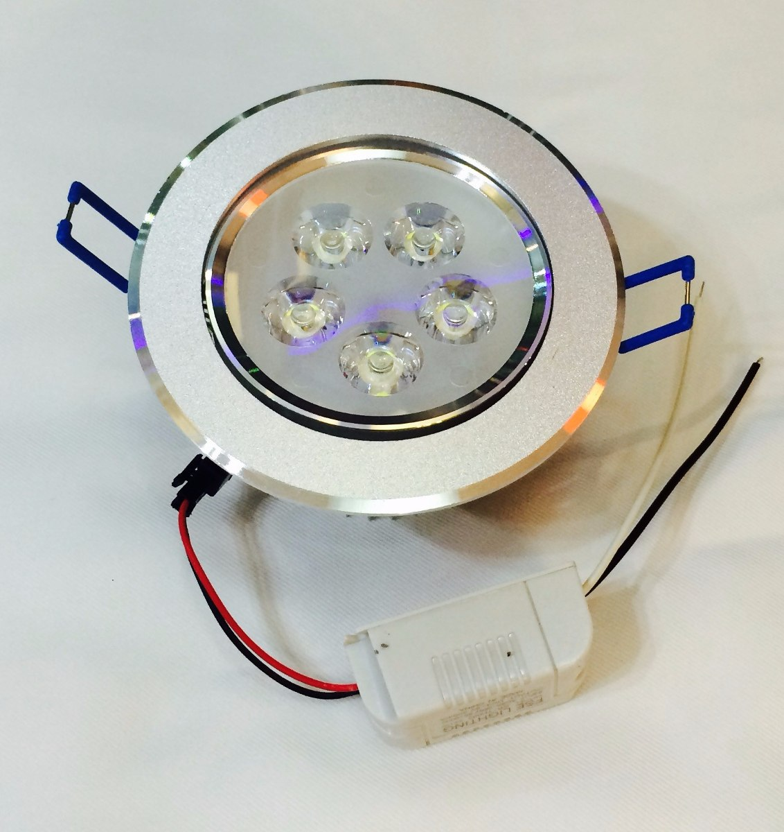 Spot base empotrable para bote incluye foco led 5 watts bf for Focos led para cocina