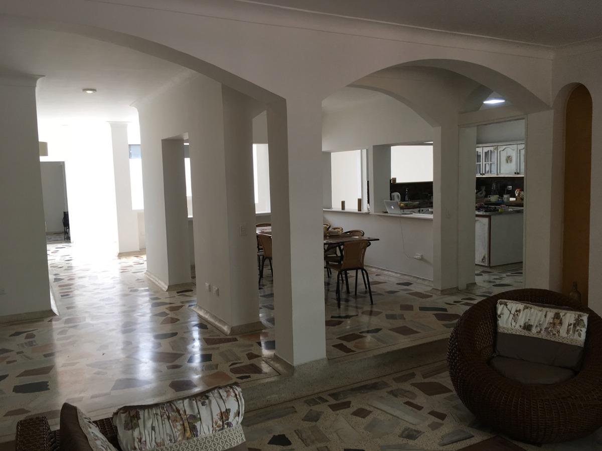 para inversionista, hermosa casa de 3 pisos independientes