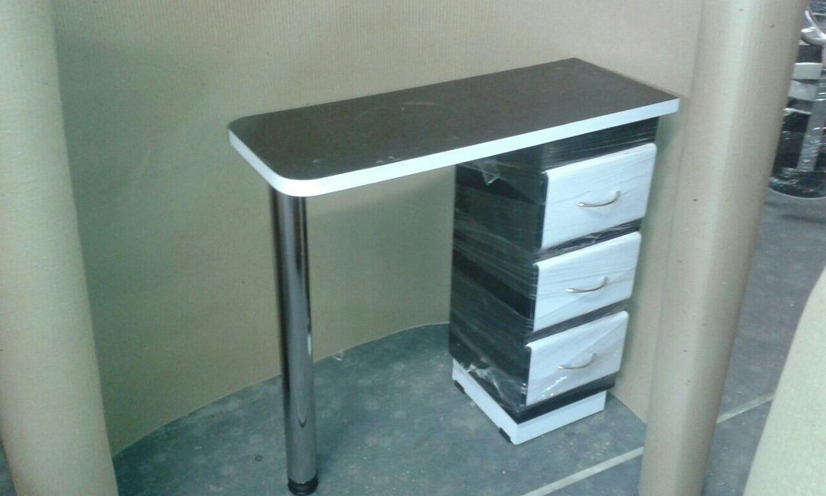 Fabrica de muebles para peluqueria sillas y mesa de for Muebles de peluqueria