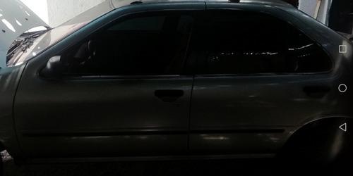 parabrisa vidrios de nisan b14