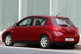 parachoque posterior nissan tiida hatchback 2008-2011