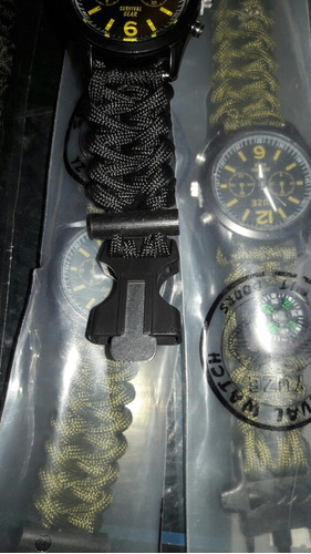 paracord con reloj y brujula