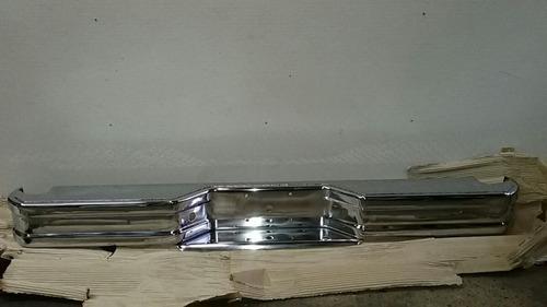 paragolpe trasero f100 del 88 al 09 cromado