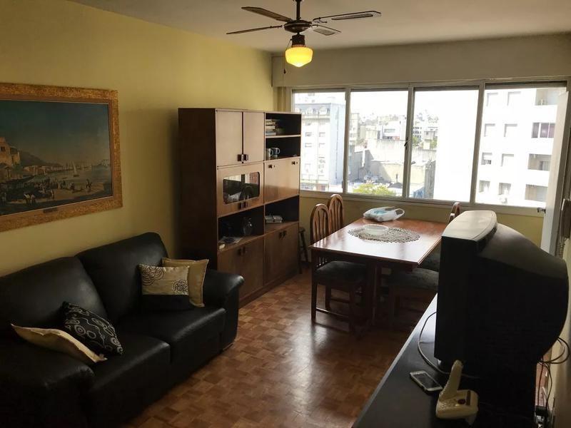 paraguay y paysandú, piso alto. si banco
