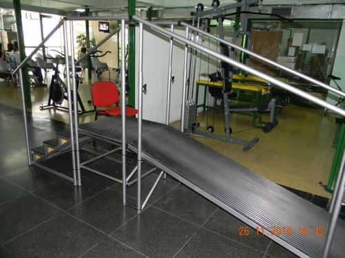 paralelas rampas escaleras plataformas ruedas kinesiologia
