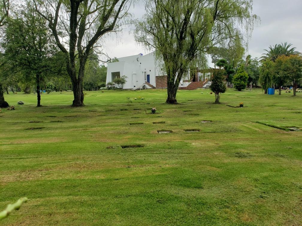 parcela en cementerio jardines de paz lote doble