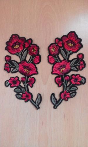 parches bordados flores