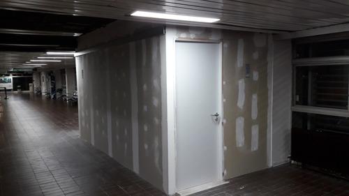 pared con manchas q eran de humedad ? revestimiento en yeso