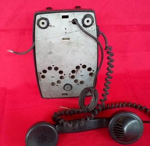 parede antigo telefone