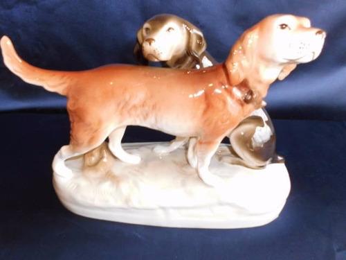 pareja de perros porcelana royal dux, checoslovaquia