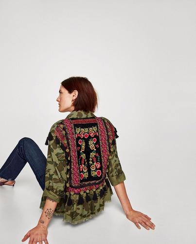parka camisa saco camuflada bordada espalda zara new