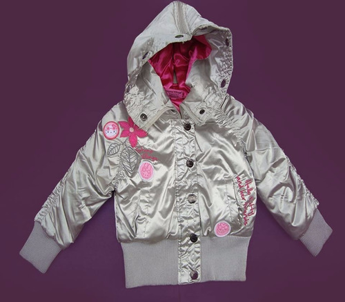 parka hello kitty nueva color plateado