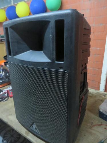 parlante berhinger ultrawave b300