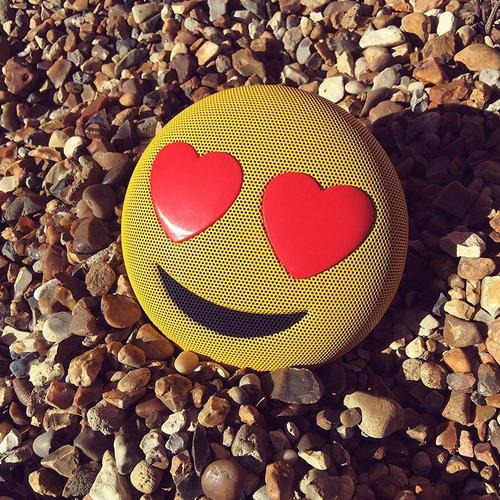 parlante bluetooth portátil emoji jamoji regalo