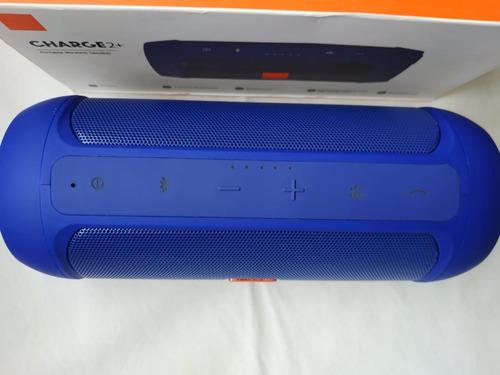 parlante portatil charge2+ a  prueba de salpicaduras
