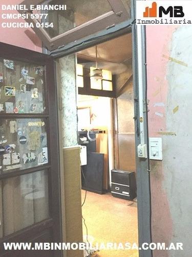parque avellaneda ph 5 amb. a reciclar c/patio homero al1200