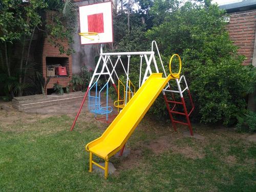 parque con canasta de basquet para niños