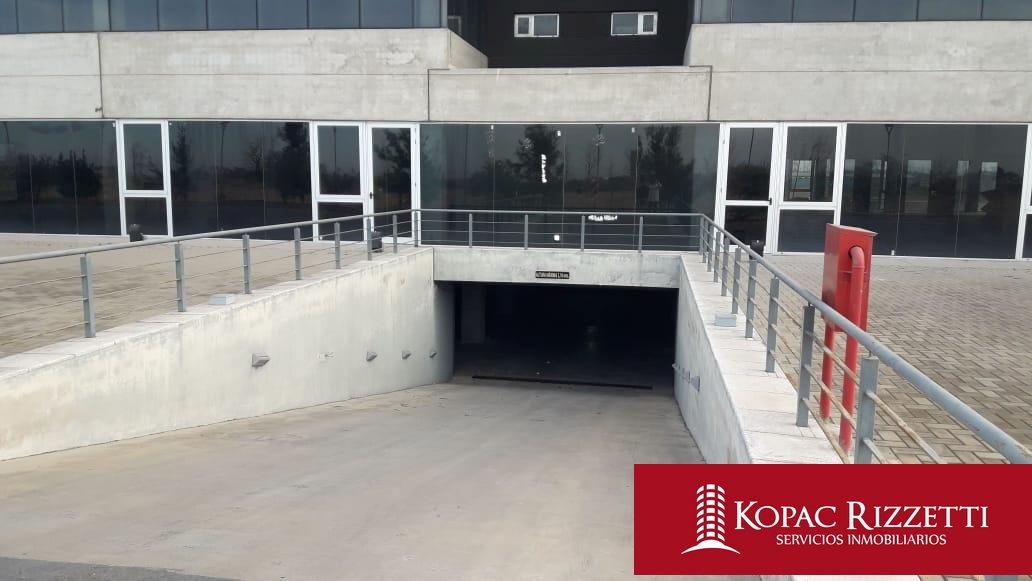 parque empresarial aeropuerto - alquiler oficinas / 800m2