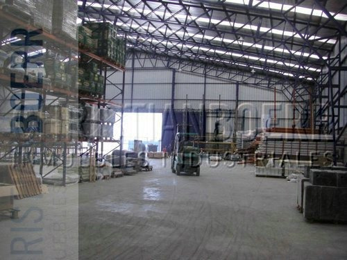 parque ind tigre - 5.000m² cub sobre 10.000m² de terreno.