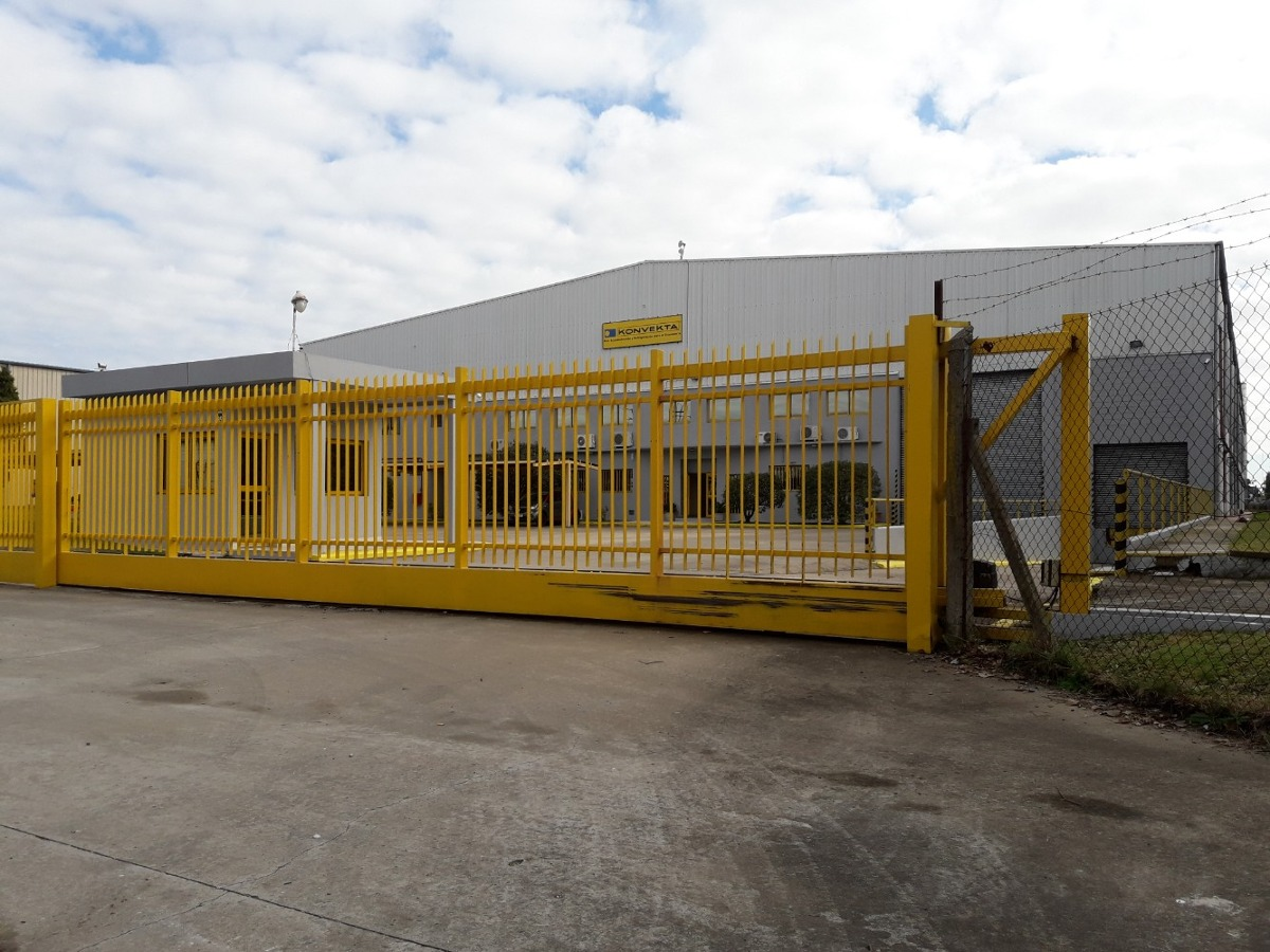 parque industrial pilar  nave de 5500 m2 en