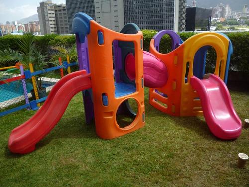 parques, carritos, inflables, piscinas, toboganes.