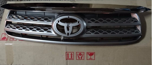 parrilla careta fortuner 2009-2010-2011 original completa