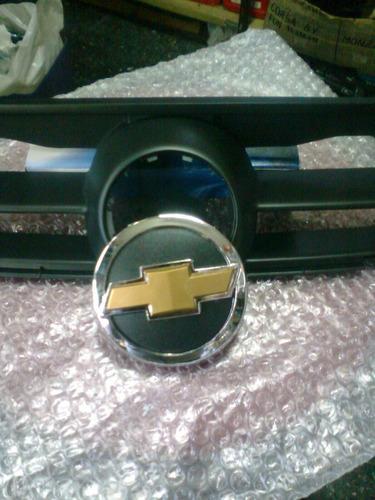 parrilla chevrolet corsa 2003 2008 nacional- sin logo