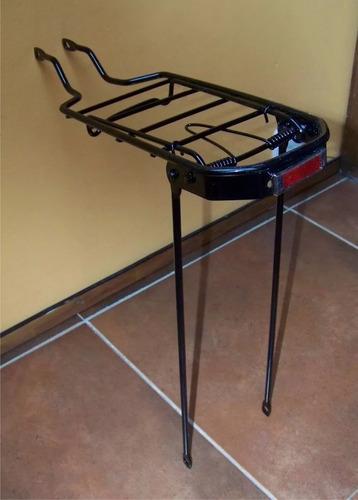 parrilla con prensa objetos para bicicletas rod.26 y 28