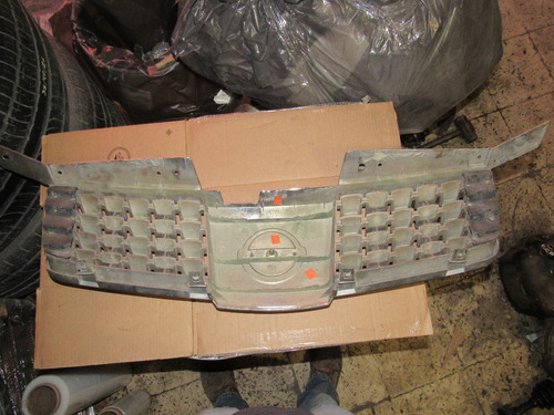 parrilla cromada nissan máxima 2004-2006
